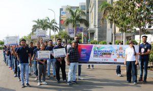 Democracy Walk by IPER MBA Students